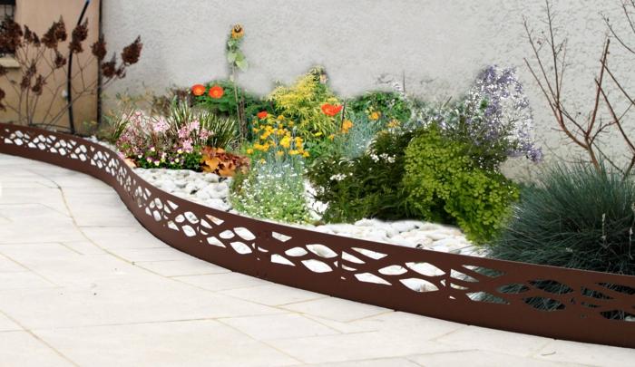 Bordures de jardin id es comment am nager vos all es et plates bandes - Bordure de jardin metal ...