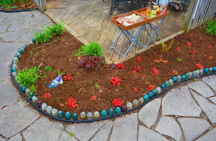 bordure jardin objets de récup