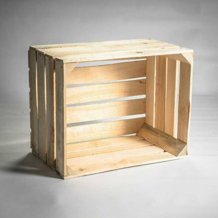 caisse en bois pour créer une table de chevet