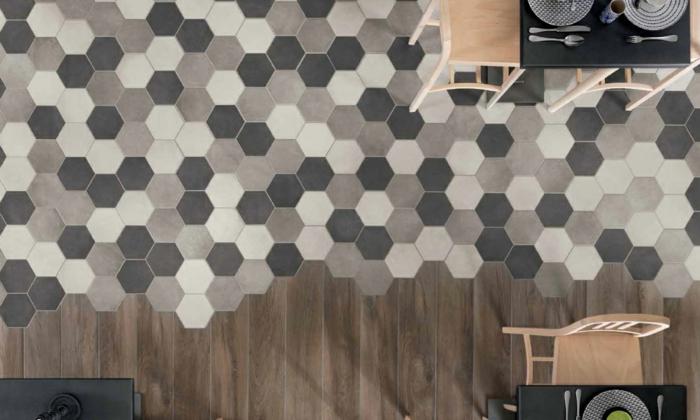carreaux hexagonaux pour un mélange parquet carrelage