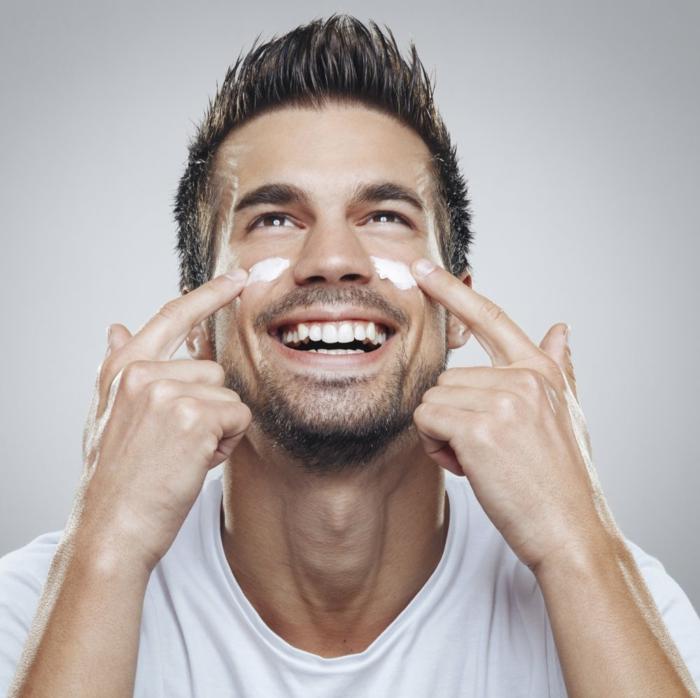 soin visage homme conseils cosm tiques pour hommes. Black Bedroom Furniture Sets. Home Design Ideas