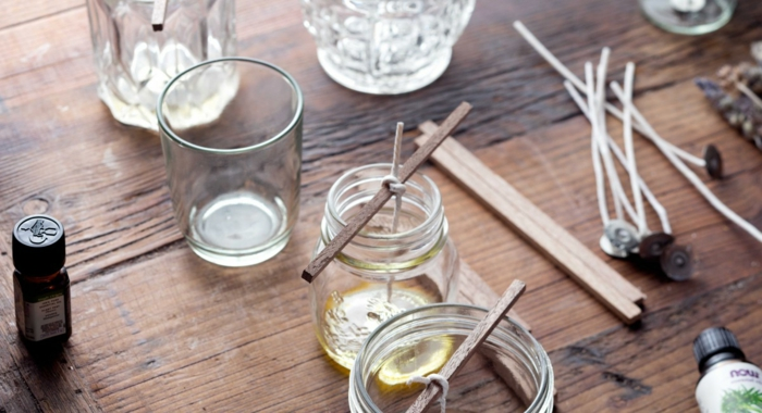 recette pour faire la maison une bougie parfum e. Black Bedroom Furniture Sets. Home Design Ideas