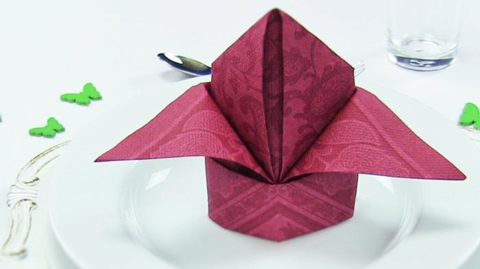 fleur pliage serviette