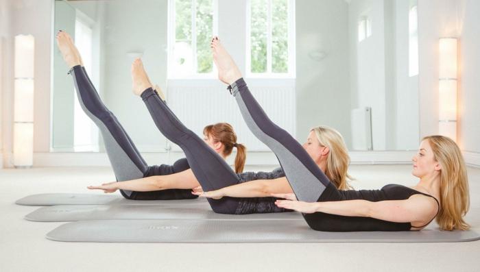 pilates exercices les mouvements pour entretenir votre silhouette. Black Bedroom Furniture Sets. Home Design Ideas