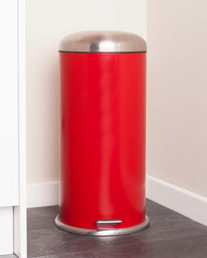 pèdale poubelle de cuisine en couleur rouge