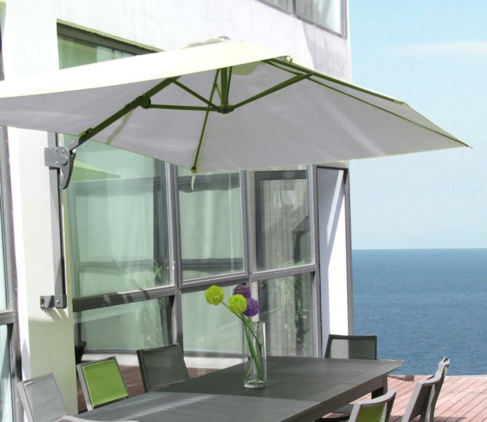 parasol mural pour ombrager votre tarrasse ou balcon. Black Bedroom Furniture Sets. Home Design Ideas