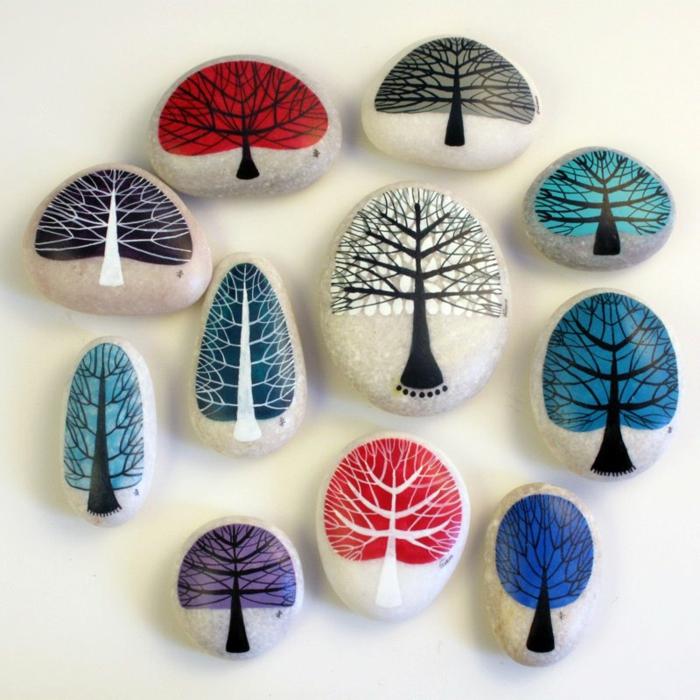 peinture sur galets arbres