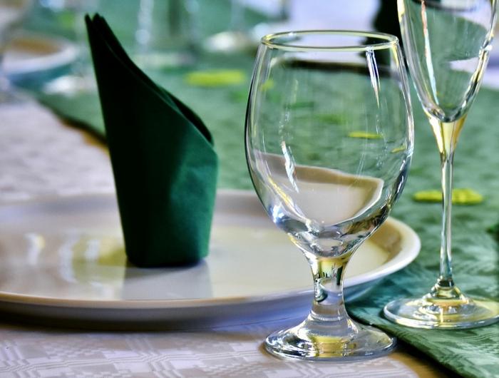 pliage serviette pour une table intéressante
