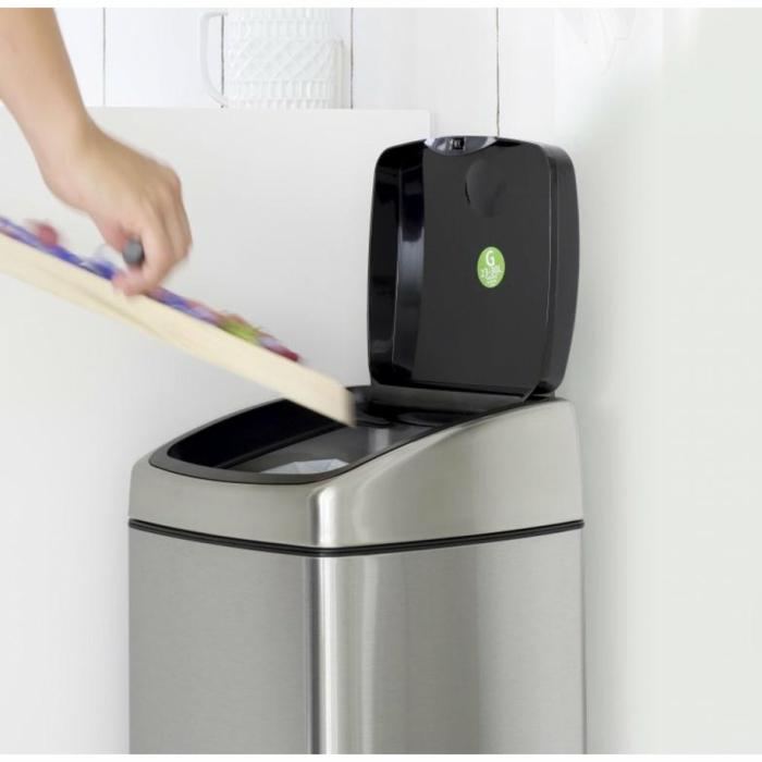 modèle touch poubelle cuisine