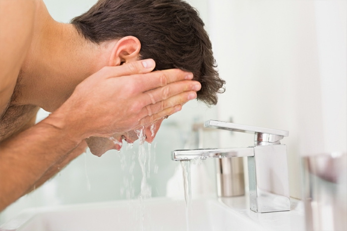 soin visage homme chaque matin et chaque soir