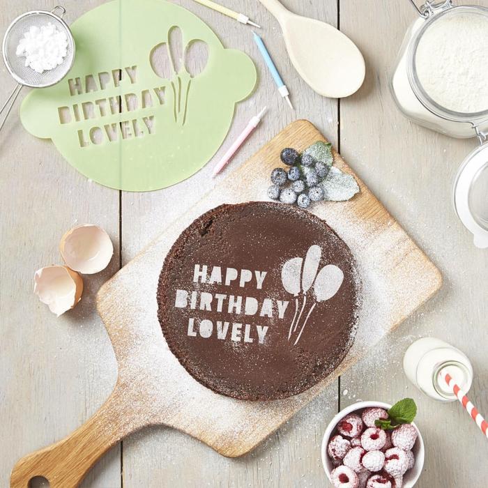 accessoire cuisine pochoir gâteau