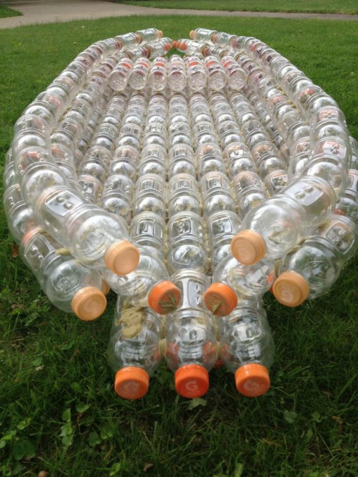 bouteille plastique pour faire un bateau