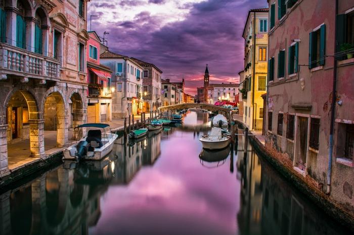 canal en Venise -les plus beaux endroits du monde
