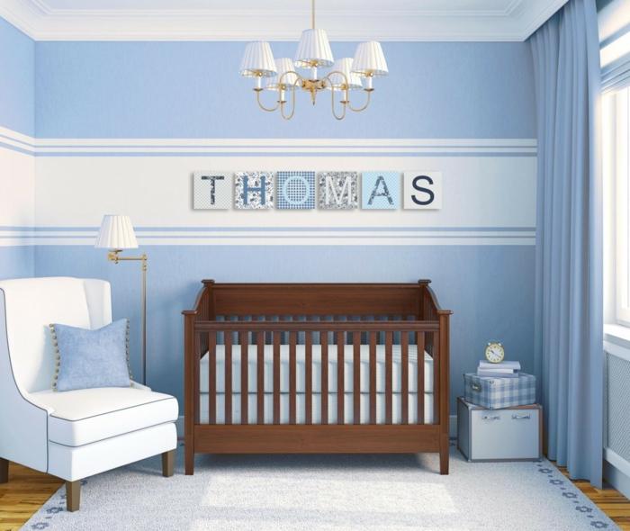 chambre bébé avec prénom au mur