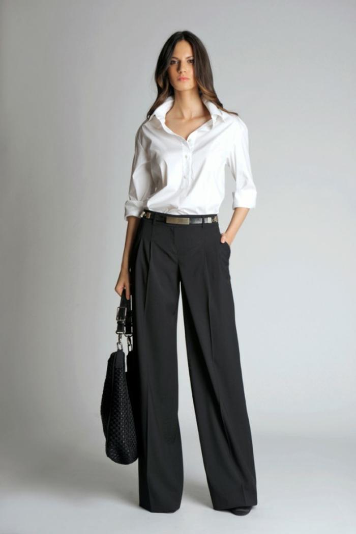 chemise blanche femme et pantalon noir