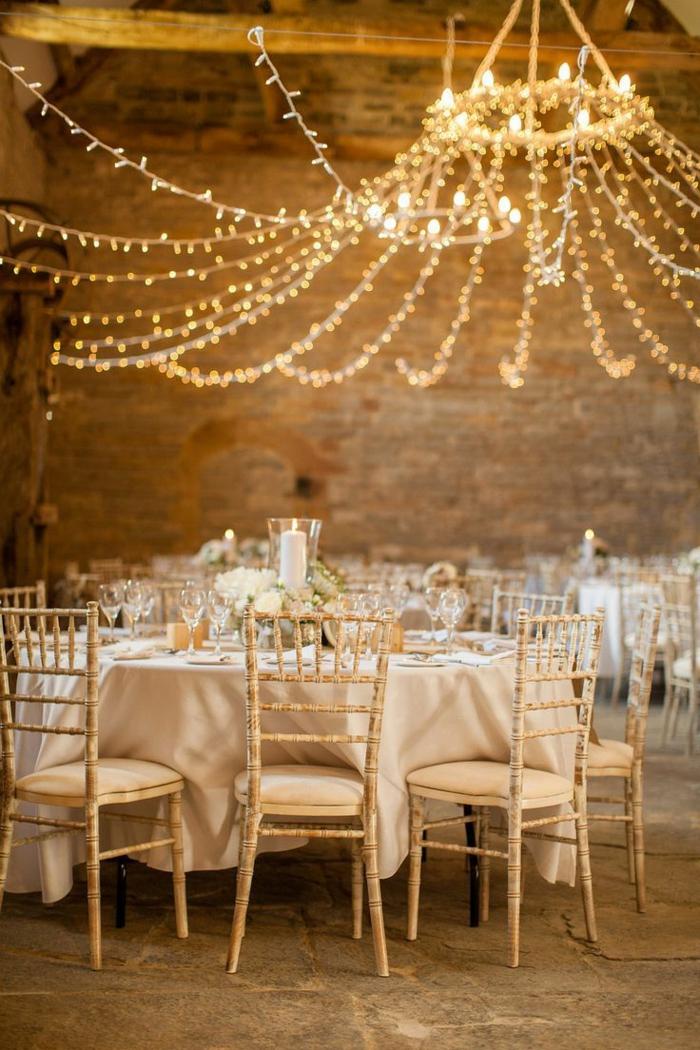 comment décorer votre mariage guirlande lumineuse