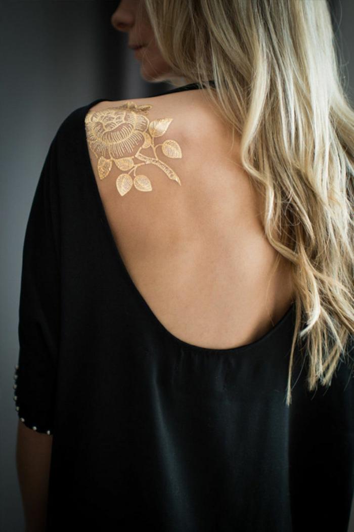 fleur tatouage éphémère