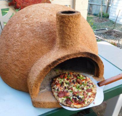 four à pizza extérieur