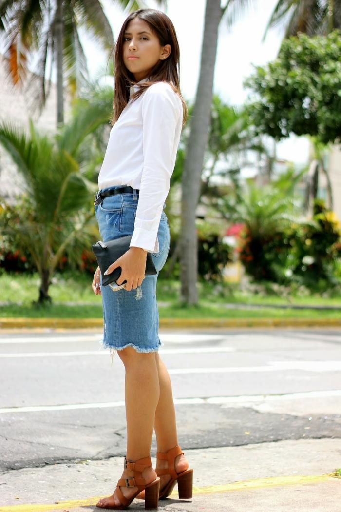 jupe jean et chemise blanche femme