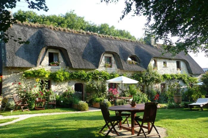 Maison bretonne le charme de l 39 habitation typique pour bretagne - Entree bretonne typique ...