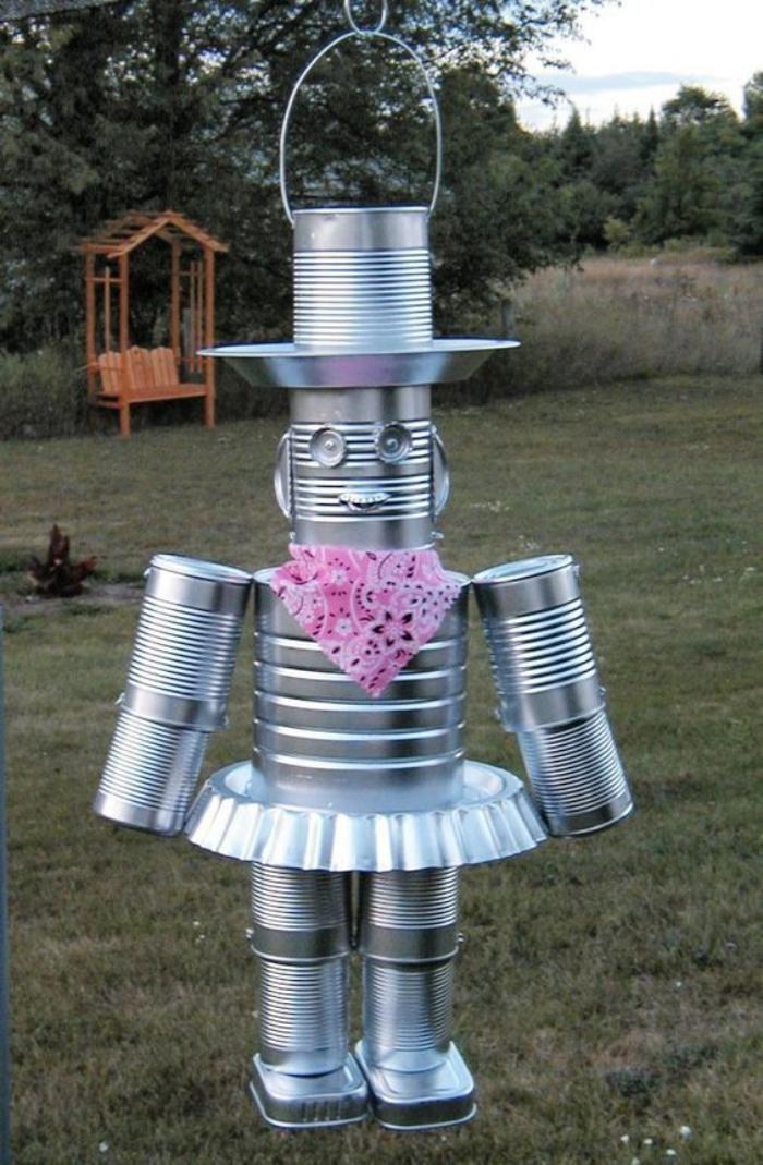 robot amusant boîte de conserve