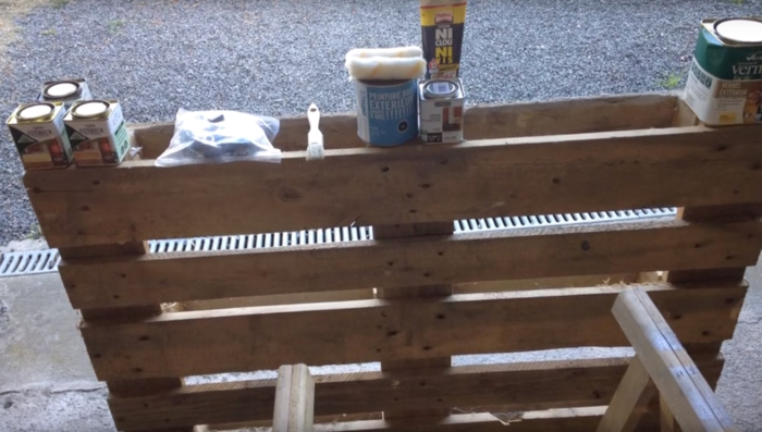 table basse en palette matériel