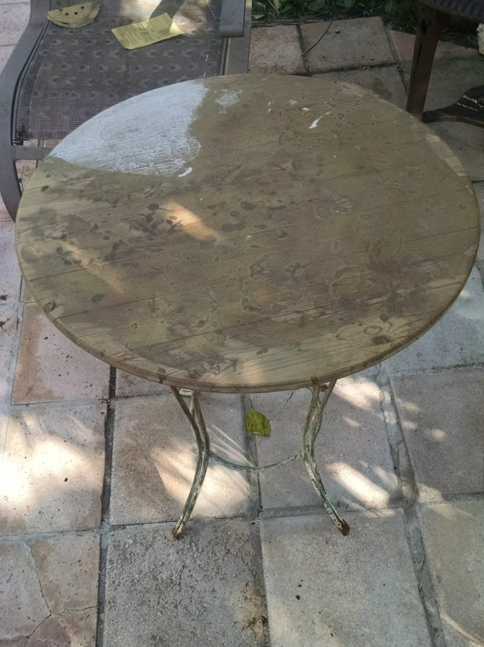 Stunning table ronde de jardin ancienne photos amazing for Chaise 2eme main