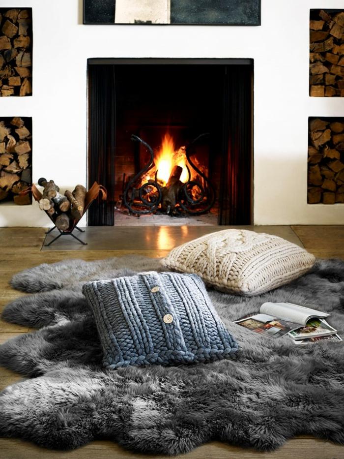tapis doux et coussins en style hygge