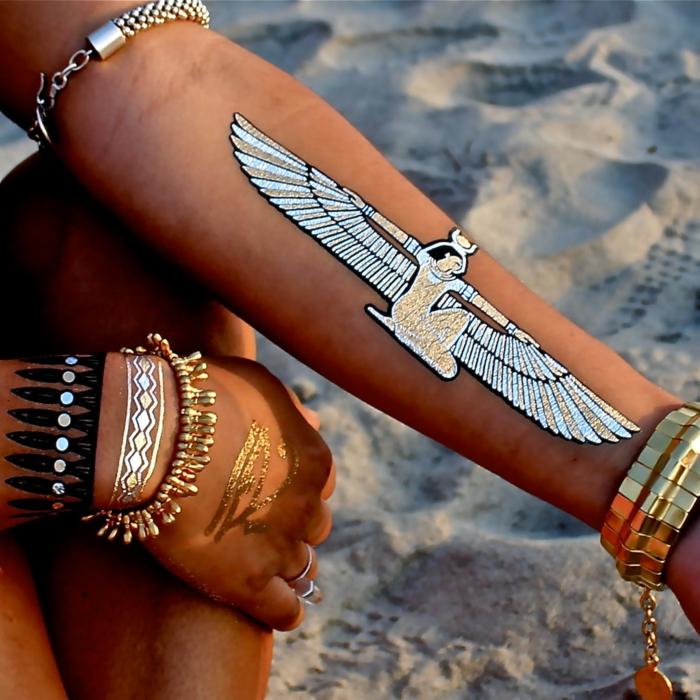tatouage éphémère doré et argenté