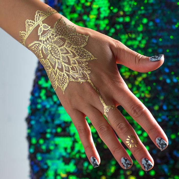 tatouage éphémère doré