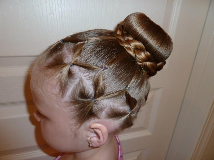 chignon-coiffure petite fille