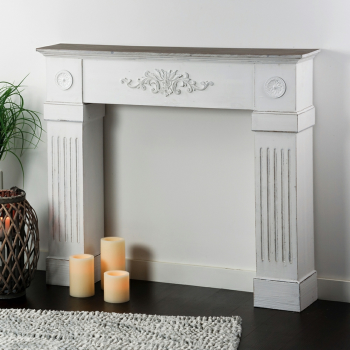 fausse cheminée peinte en blanc