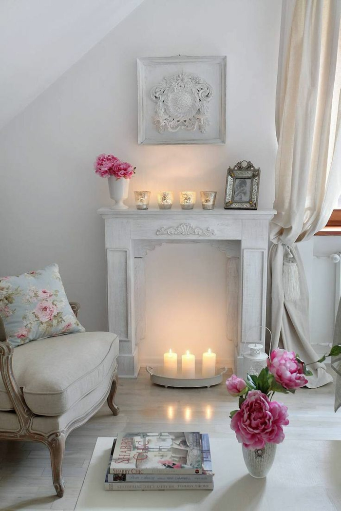 intérieur cosy cheminée décorative