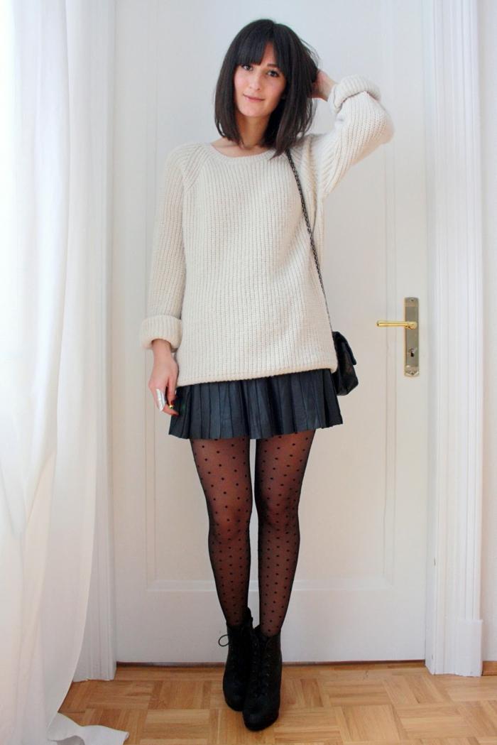 jupe plissée et pull oversize
