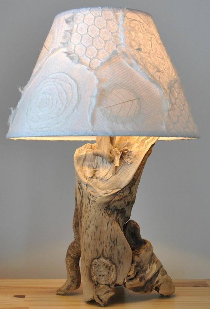 lampe de bois fabriquée maison
