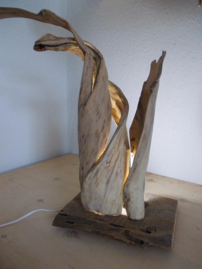 lampe innovante bois flotté