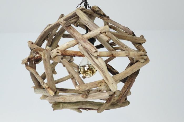 fabriquer une lampe en bois flott diy comment fabriquer une lampe design partir dun tuyau en. Black Bedroom Furniture Sets. Home Design Ideas