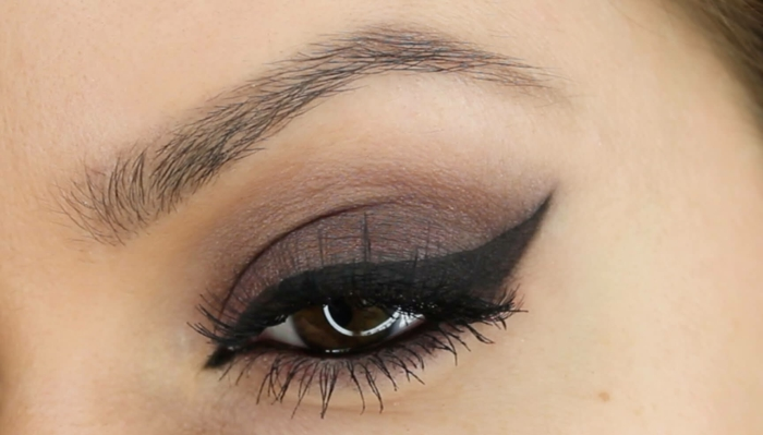 maquillage yeux trait eye liner