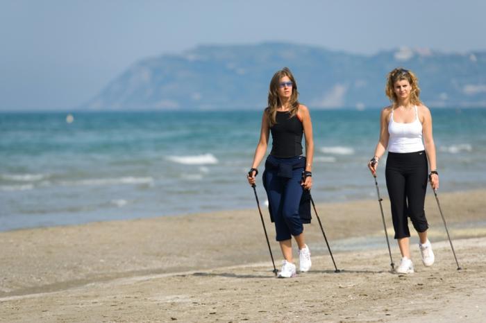 marche nordique -sport pour la plage