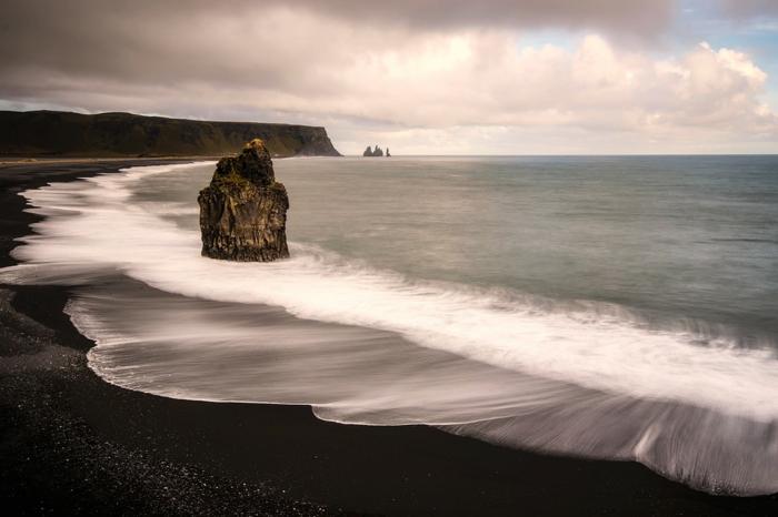 plage -voyager en Islande