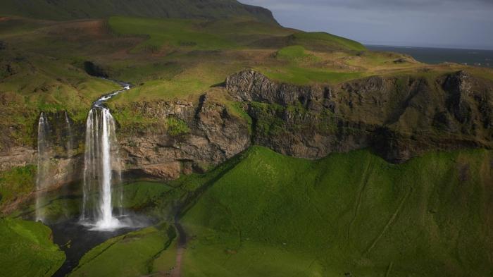 seljalandsfoss south iceland -voyager en islande
