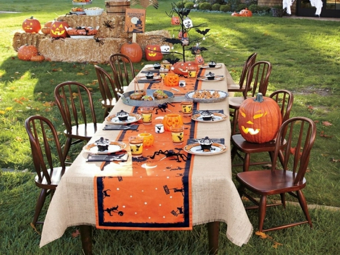 table décorée halloween