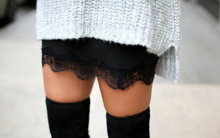 tendance jupe dentelle et pull oversize