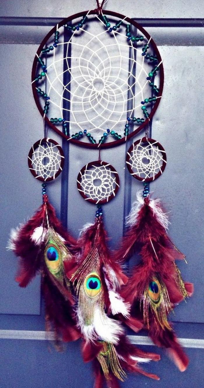 diy attrape-rêve idée plumes rouges
