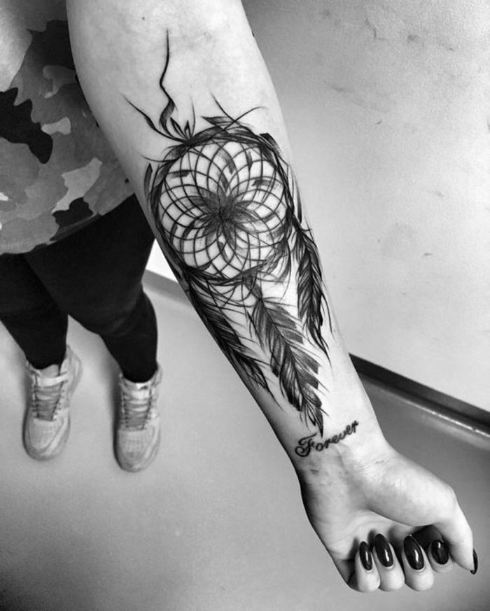 tatouage attrape r ve 100 designs myst rieux et leurs significations. Black Bedroom Furniture Sets. Home Design Ideas