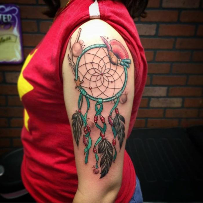 attrape-rêve pour femme tatouage