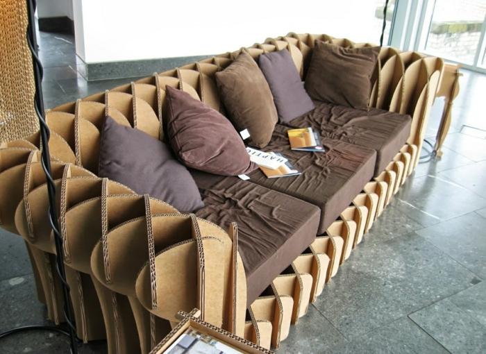 canapé meubles en carton salon recyclage