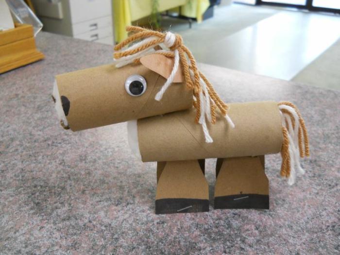 cheval diy tubes de papier toilette