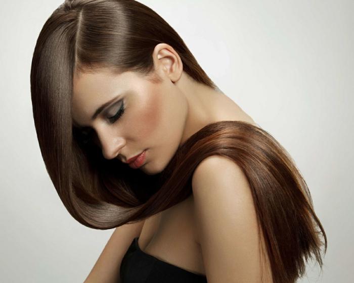 cheveux lisses et longs- lisseur vapeur