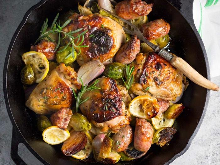 choux de Bruxelles et de poulet